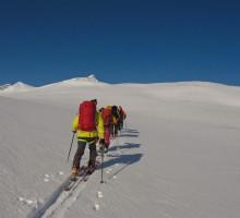 Ski touring around Nallo
