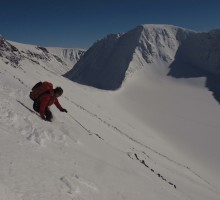 Tobias skiing down on the south face